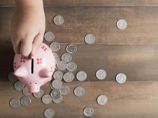 Первый рубль: как тверские чиновники заработали свои первые деньги и на что их потратили