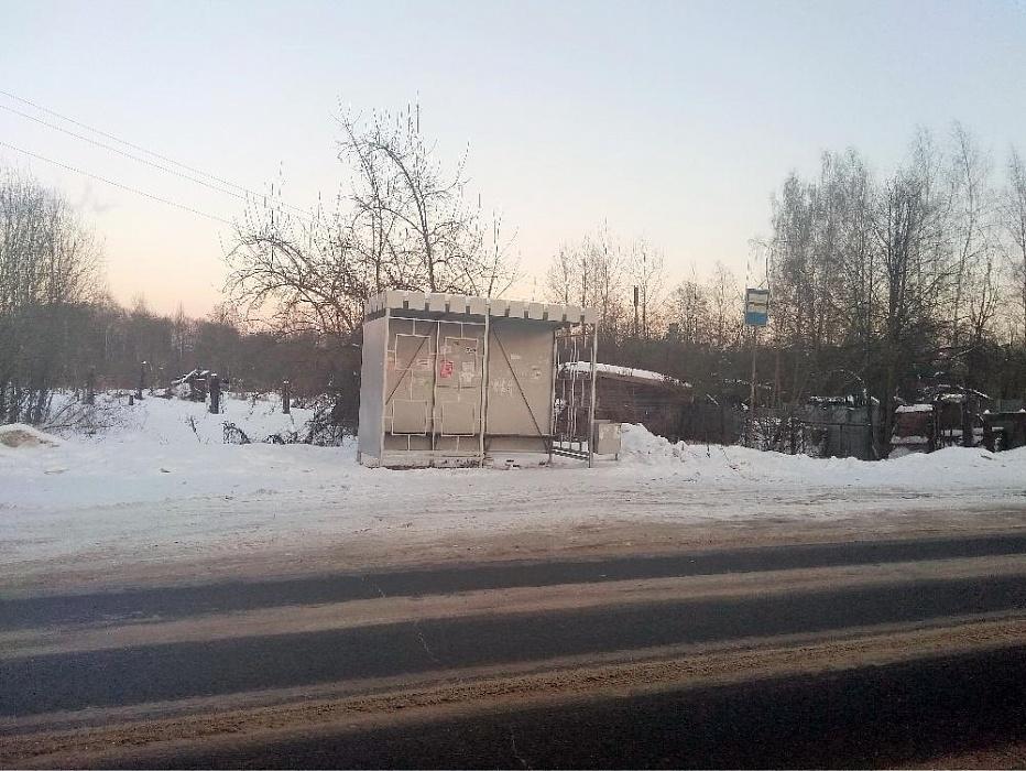 В Редкино появилась долгожданная автобусная остановка