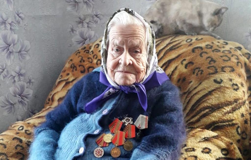 Игорь Руденя поздравил со столетием ветерана Великой Отечественной войны Антонину Васильевну Сорокину