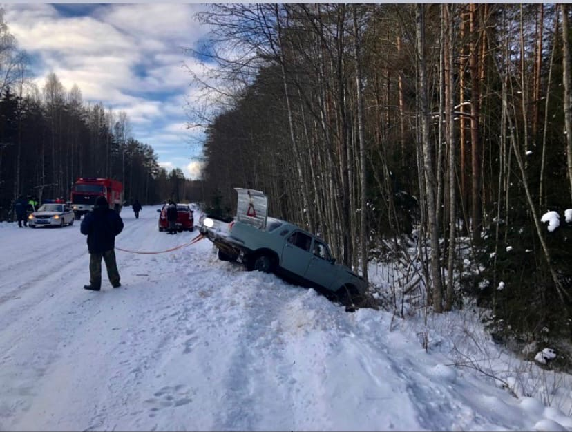 В Тверской области водитель не справился с управлением