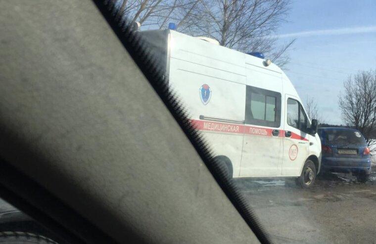 Скорая встретилась с неадекватным водителем в Тверской области