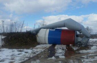 И вновь падение: в Тверской области упала водонапорная башня
