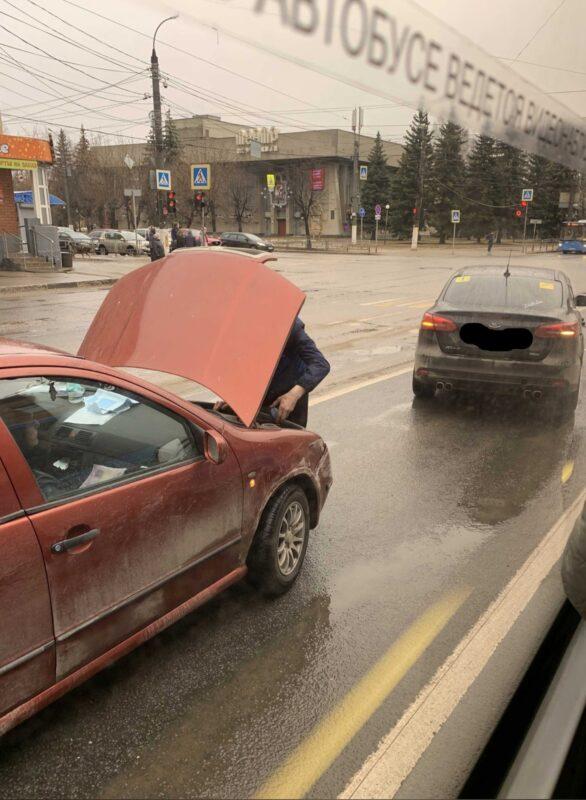 В плотном трафике в Твери произошла авария