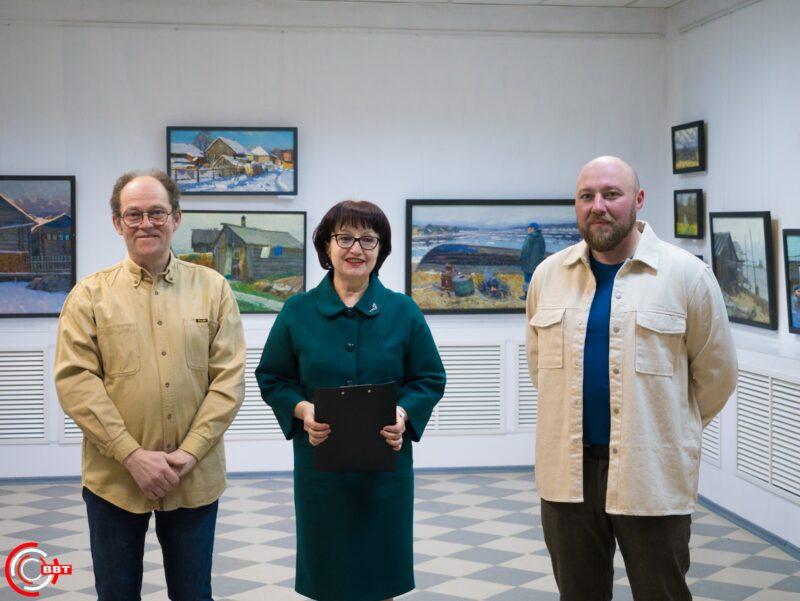 Двойное открытие выставок прошло в Вышнем Волочке
