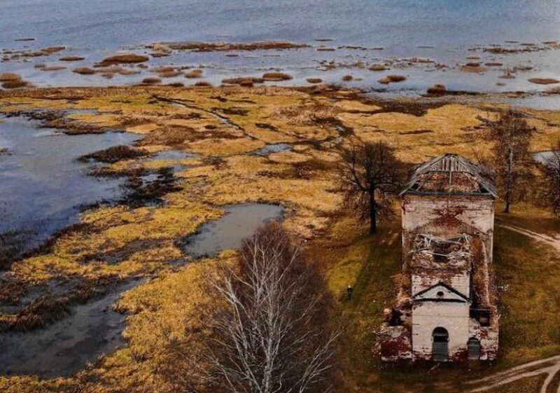 Фотограф запечатлел уникальные кадры русской Атлантиды