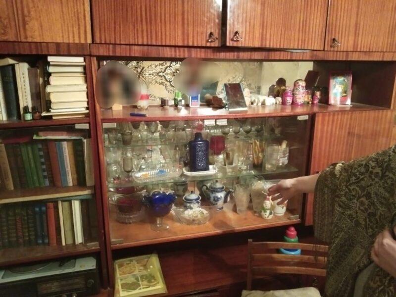 Двое жителей украли имущество из чужой квартиры на сумму больше 34 тысяч