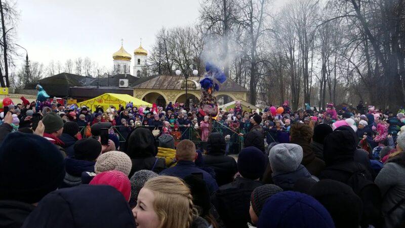 Широкие гуляния масленицы прошли в Вышневолоцком округе