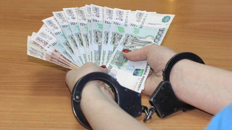 Коррупционеру продлили срок нахождения под стражей