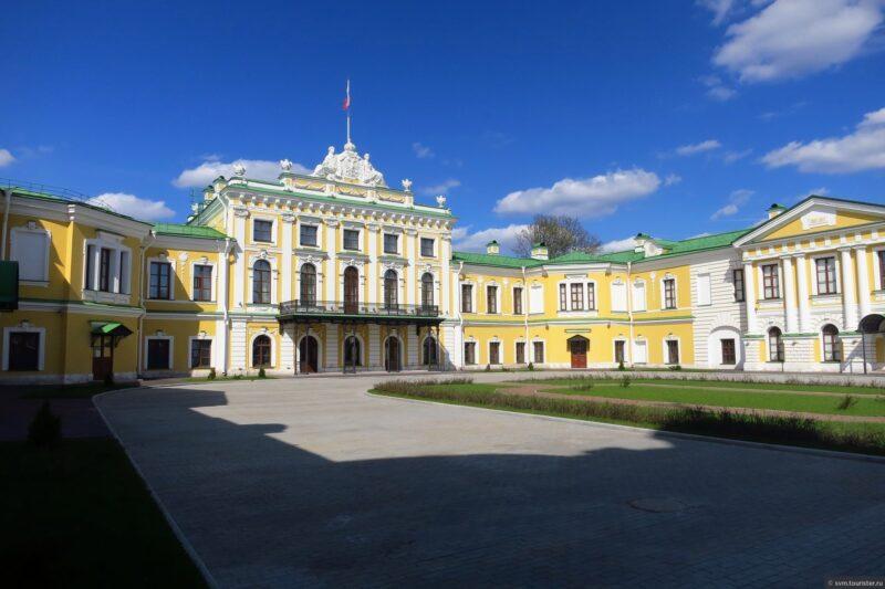 Императорский дворец приглашает на литературно-музыкальный спектакль