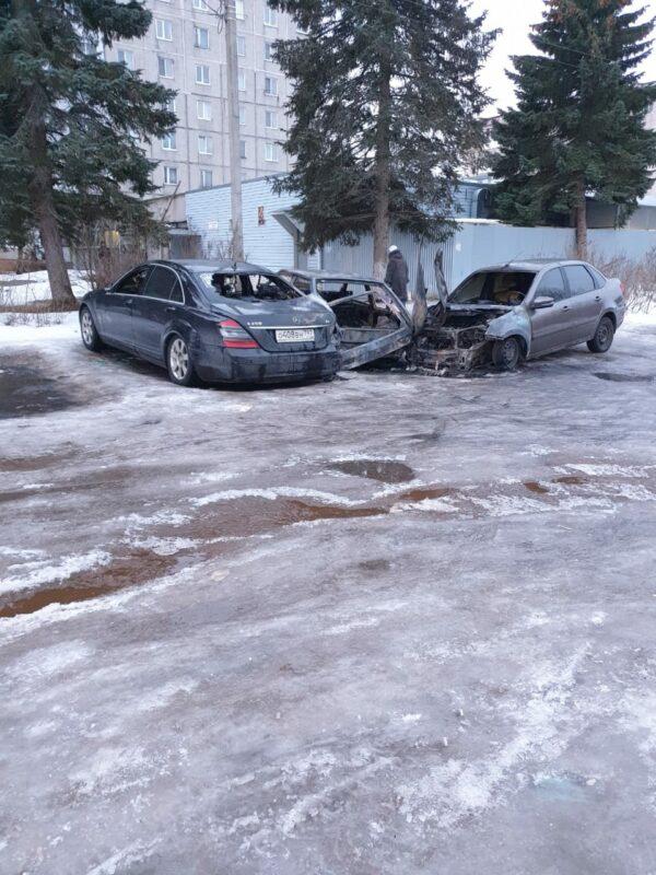 Взрывное столкновение автомобилей в Твери