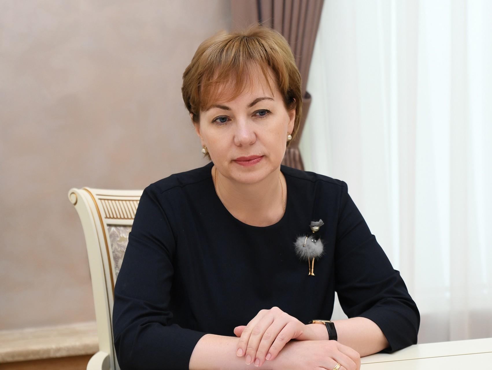 Елена Хохлова: акцент – на развитие территорий