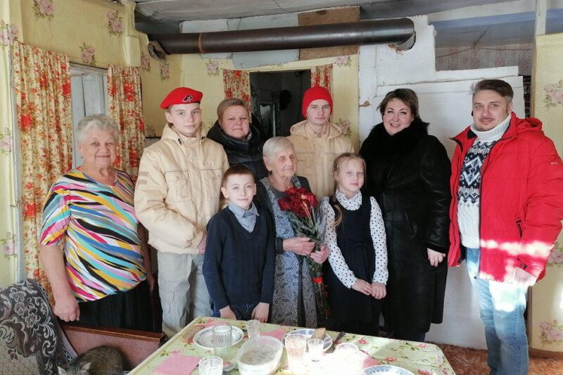 Владимир Путин поздравил 95-летнюю жительницу Тверской области