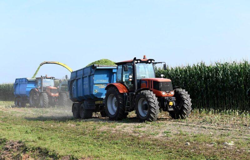 В 2021 году аграрии Тверской области закупят 182 единицы техники