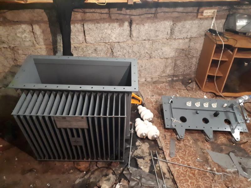 В Тверской области парень похитил трансформатор с линии электропередач