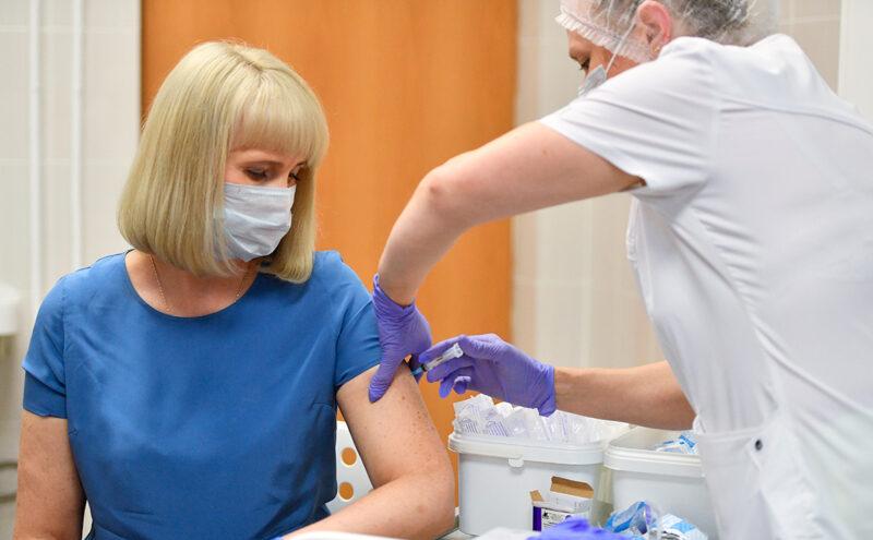 64 тысячи жителей сделали прививку от коронавируса