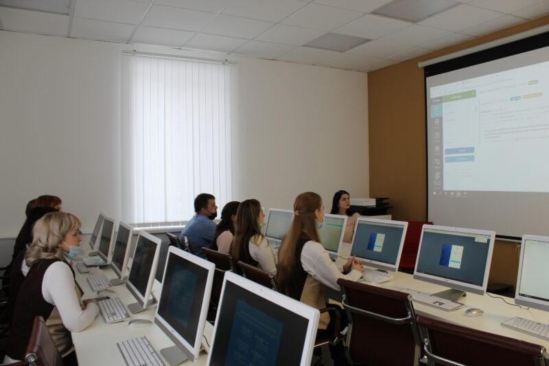 Во всех филиалах МФЦ Тверской области можно будет заменить права с 1 апреля