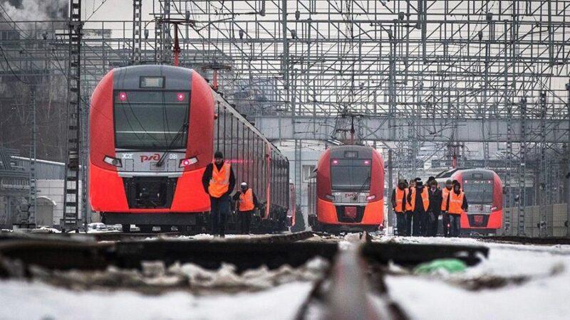 """Приложил и поехал: теперь в """"Ласточках"""" действует Fast Track"""