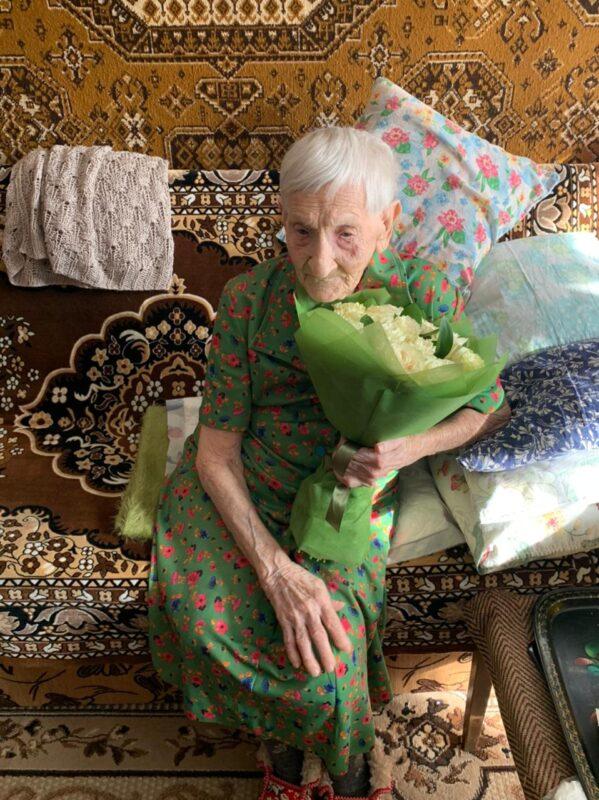 Губернатор поздравил с вековым юбилеем участницу Великой Отечественной войны Марию Павловну Ловягину