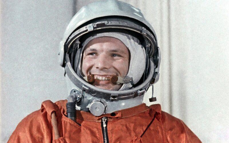 В Твери открылась выставка к 60-летию полета первого человека в космос