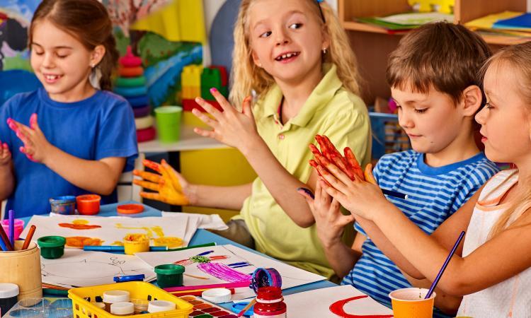 В детских садах и школах Тверской области укрепят материально-техническую базу