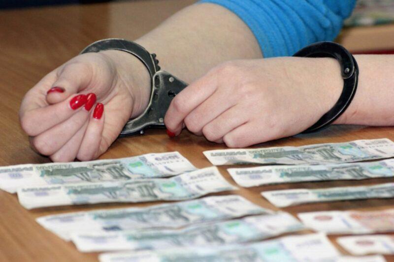 В Тверской области женщина незаконно получала пособие по безработице