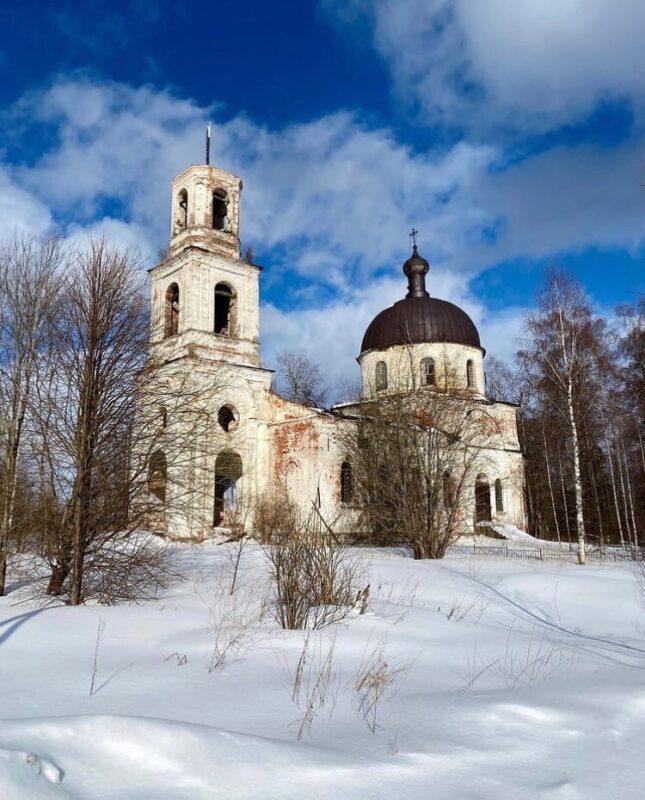 Исследовать заброшенных мест сфотографировал церковь в Тверской области