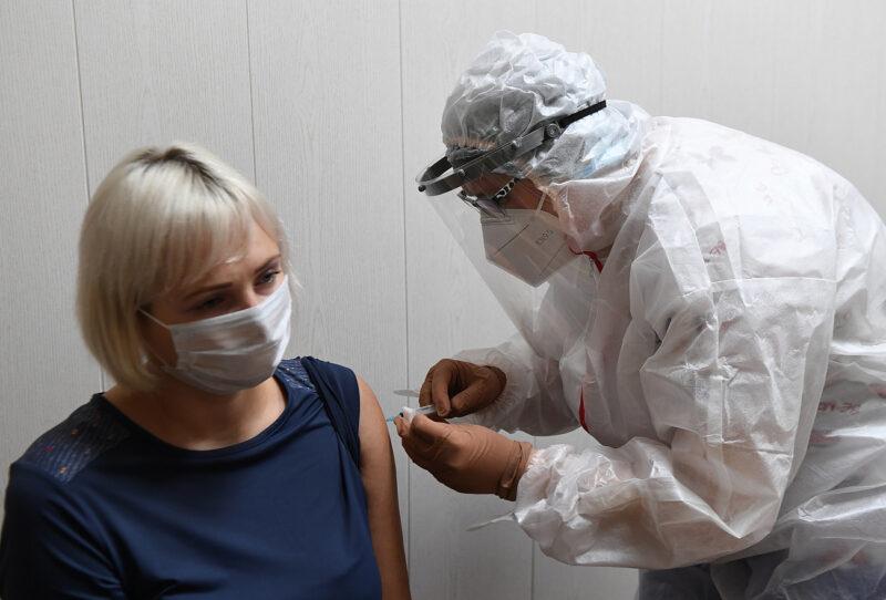 Больше 103 тысяч жителей Тверской области сделали прививку от коронавируса