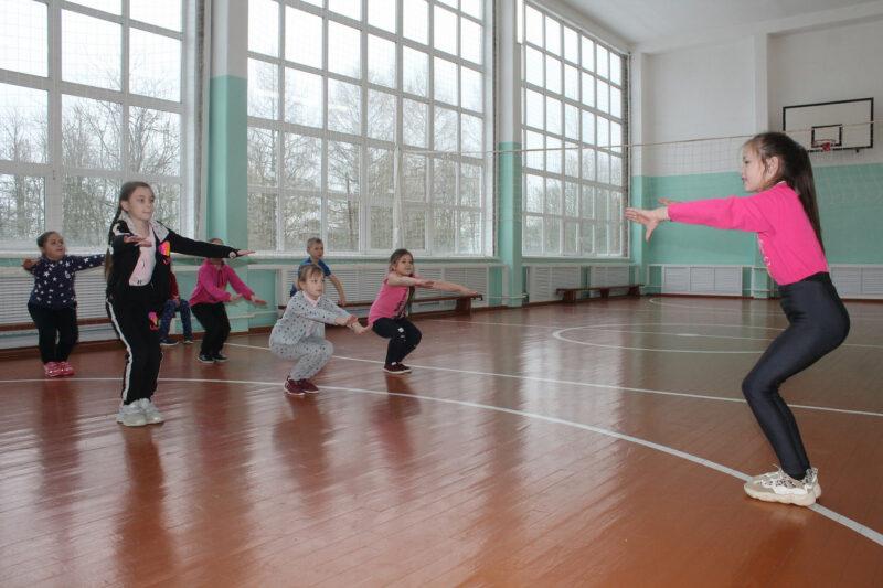Полностью отремонтированный спортивный зал получила сельская школа в Вышневолоцком районе