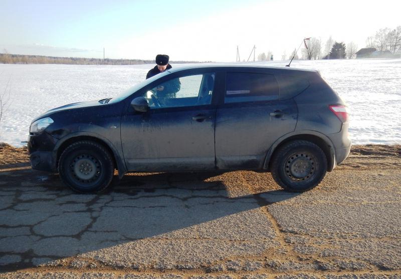 В одной из деревень Санковского района угнали автомобиль