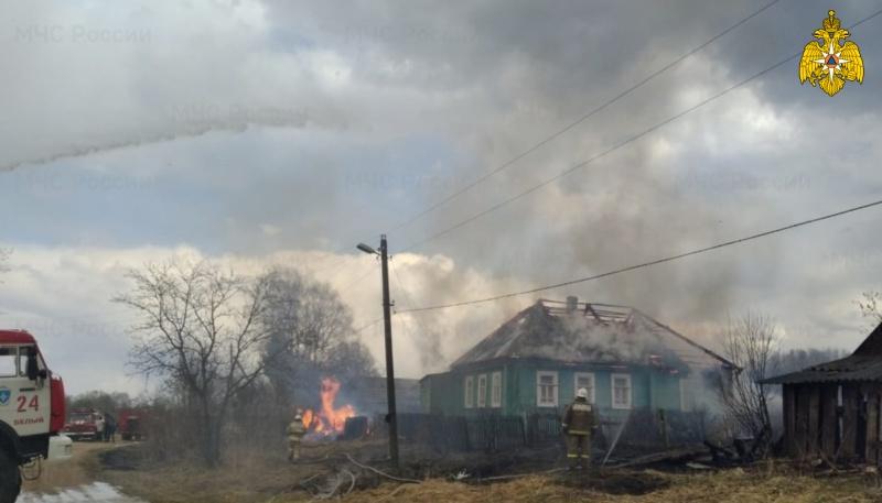 В Тверской области едва не сгорела деревня