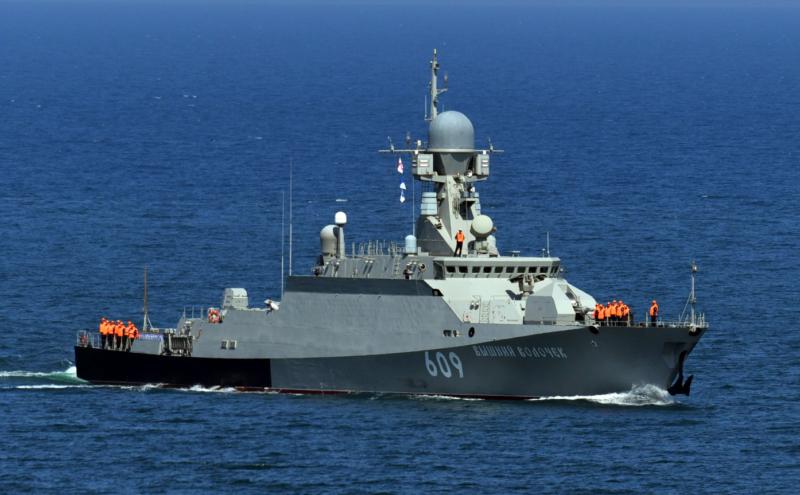 Корабль, названный в честь города Тверской области, постоял за себя в атаке истребителей