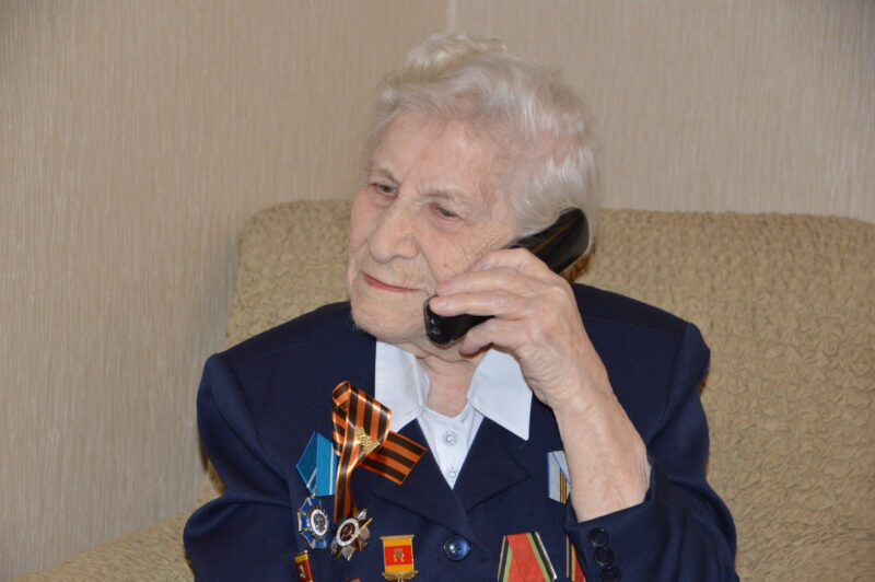 Игорь Руденя поздравил участницу Великой Отечественной войны Марию Сидорову с 99-летием