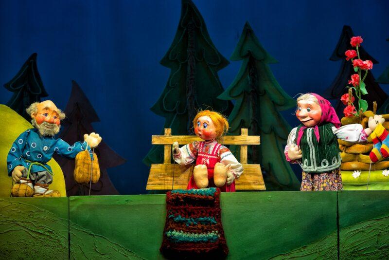 Историю Машеньки и Медведя расскажут на сцене Тверского театра кукол