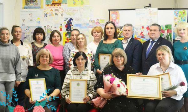 Глава Конаковского района поздравил сотрудников службы занятости с праздником