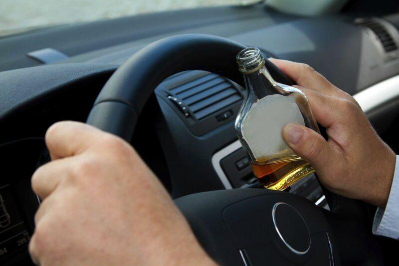 В Тверской области пьяный мужчина украл автомобиль, заверив приятеля, что ничего им за это не будет