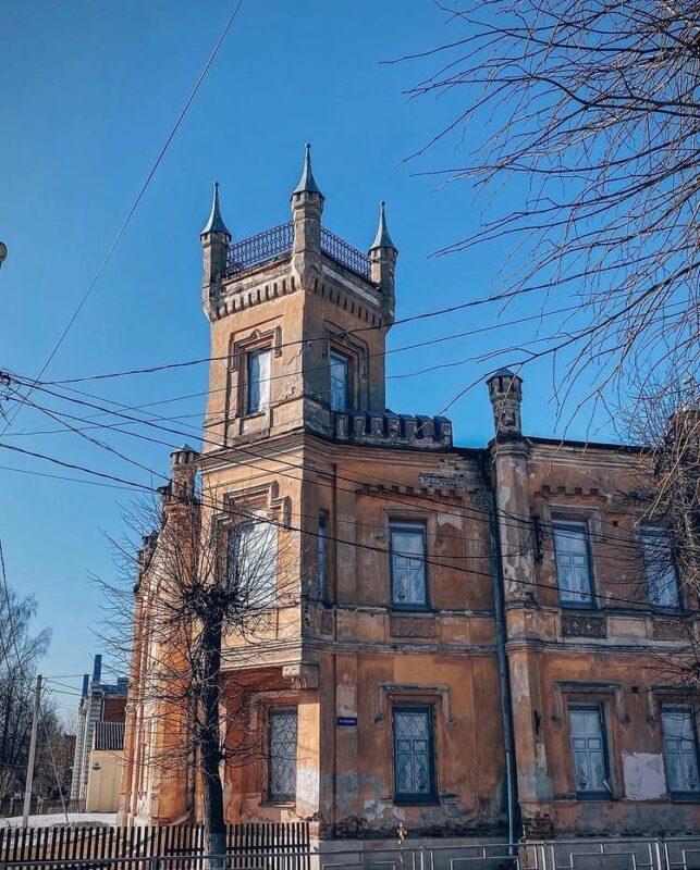 """Тверское """"Ласточкино гнездо"""": чем знаменита бывшая богадельня Аваева"""