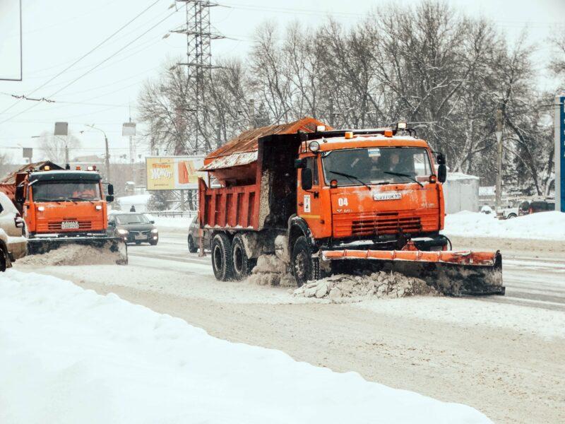 Зимой в Тверской области безопасный проезд обеспечивали 700 единиц спецтехники