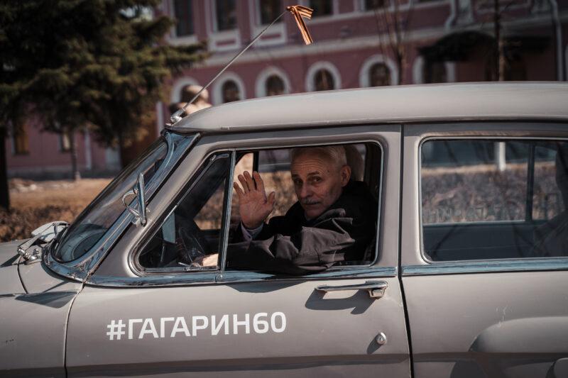 Фотоотчет: ретроавтомобили проехали по главным улицам Твери