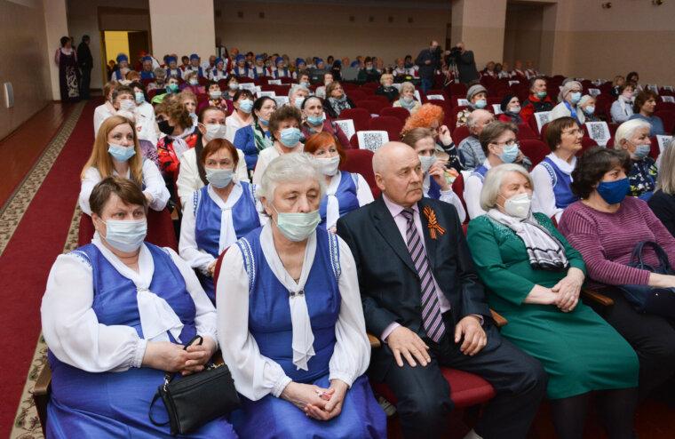 В Твери Любовь Ивановну Парфёнову поздравили с 50-летием присвоения звания Герой Социалистического Труда