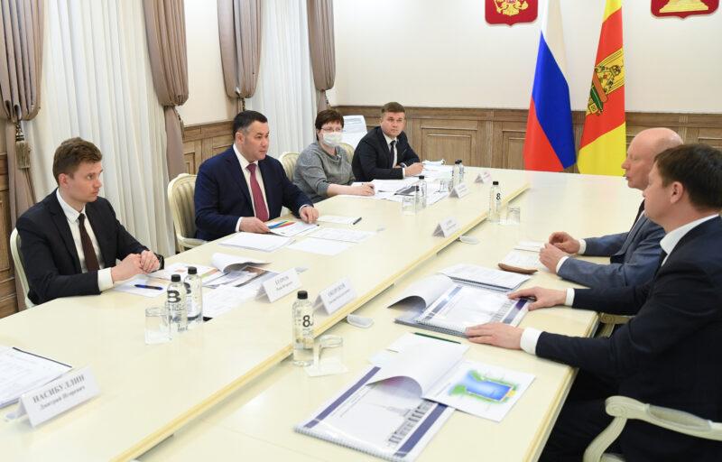 Игорь Руденя и Сергей Бачин обсудили на встрече обсудили реновацию школы в Мокшино и другие проекты