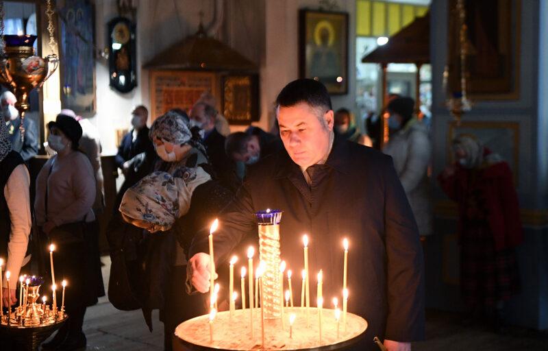 В храмах Тверской области проходят праздничные богослужения, приуроченные Благовещению Пресвятой Богородицы