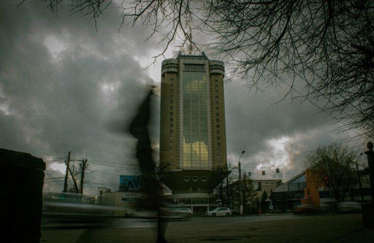 Тверь после дождя: тверской фотограф показал атмосферные кадры