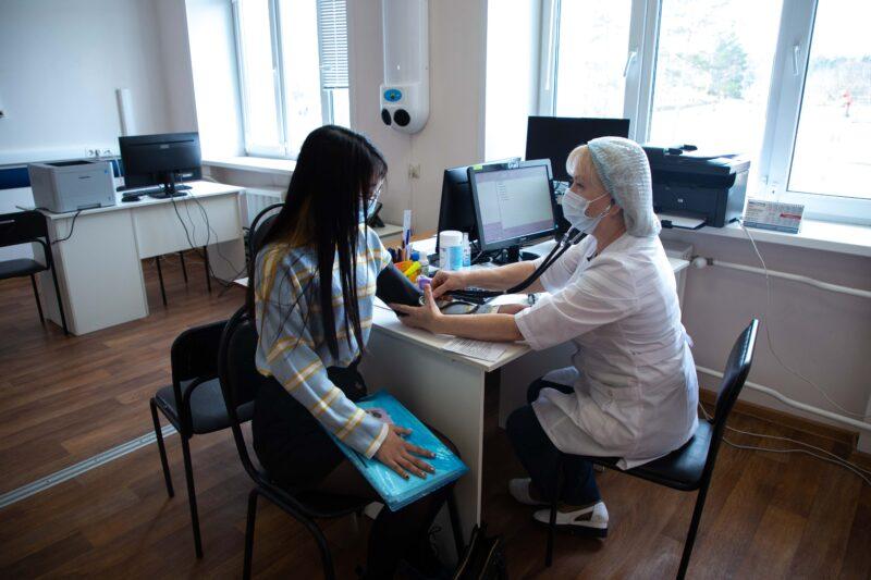 В Твери магистранты-иностранцы сделали прививку от коронавируса