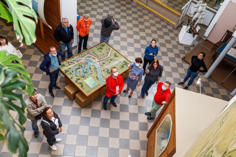 Туроператоров знакомят с экскурсионными маршрутами по Тверской области