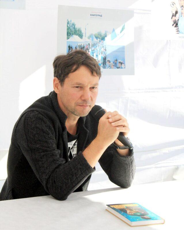 В Твери состоится творческая встреча с писателем Ринатом Валиуллиным