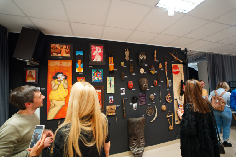 В Твери открылась персональная выставка Алексея Корзина