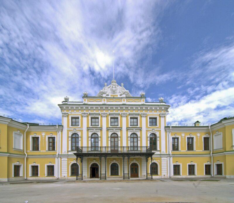 Тверской императорский дворец приглашает на встречу с реставраторами
