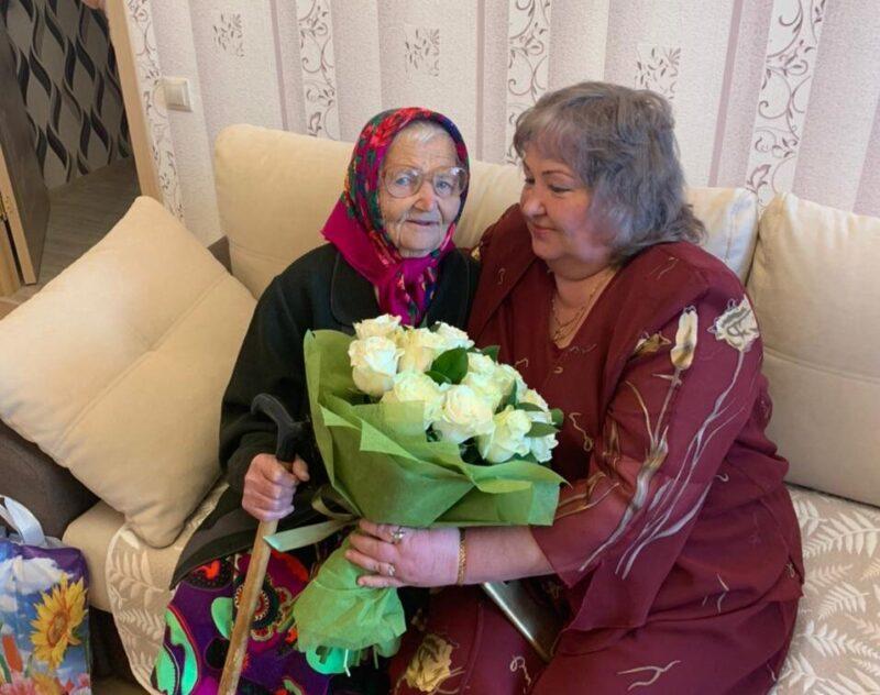 Игорь Руденя поздравил ветерана Великой Отечественной войны Марию Белякову со столетием