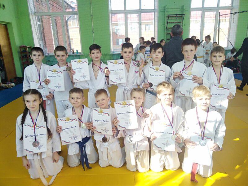 Борцы из Тверской области получили все медали областного соревнования