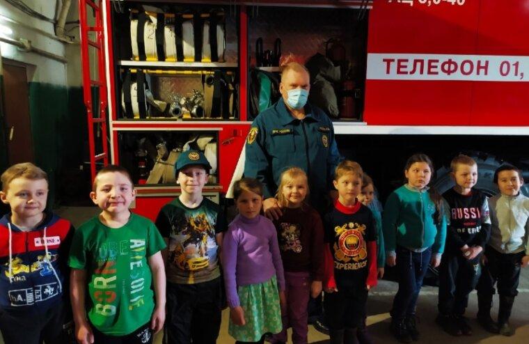 Тверское отделение МЧС провело для детей день открытых дверей